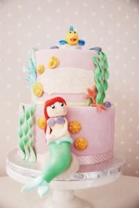Ariel & frost tårta 002