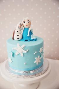 Ariel & frost tårta 014